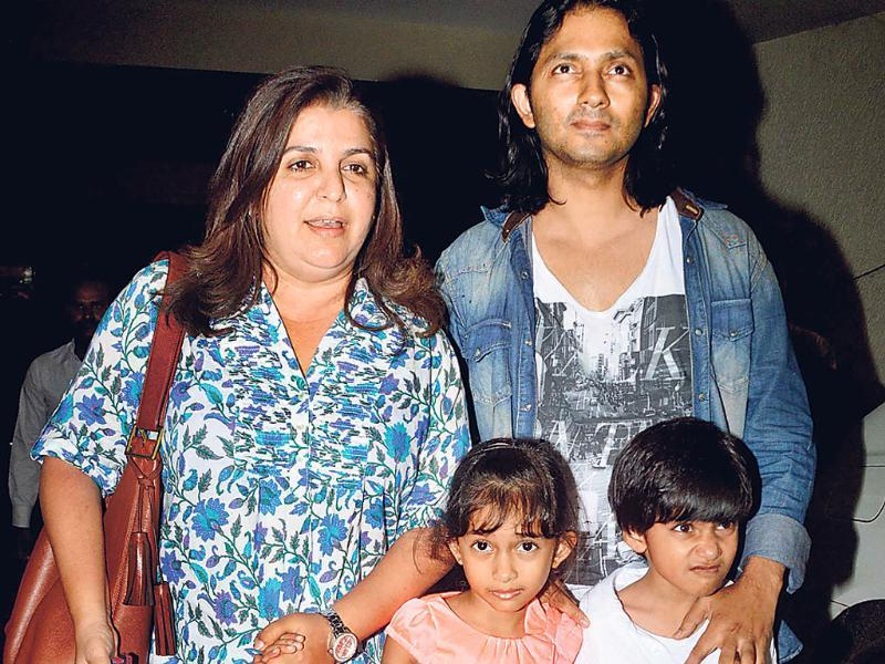 Farah Khan with husband Shirish Kunder and kids at Humshakals screening in Mumbai.