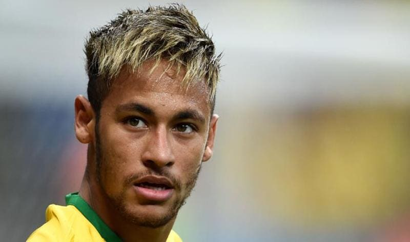 Neymar, Brazil  Brazil's golden boy Neymar dyed his hair blonde to show the love for his country. (AFP Photo)