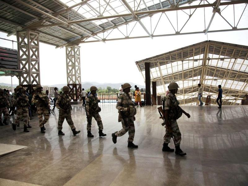 Soldiers patrol a railway station ahead of PM Narendra Modi's visit in Katra, 45 kms from Jammu. Modi traveled to Katra and inaugurated a railway line linking a Vaishno Devi shrine with India's vast railway network. (AP photo)