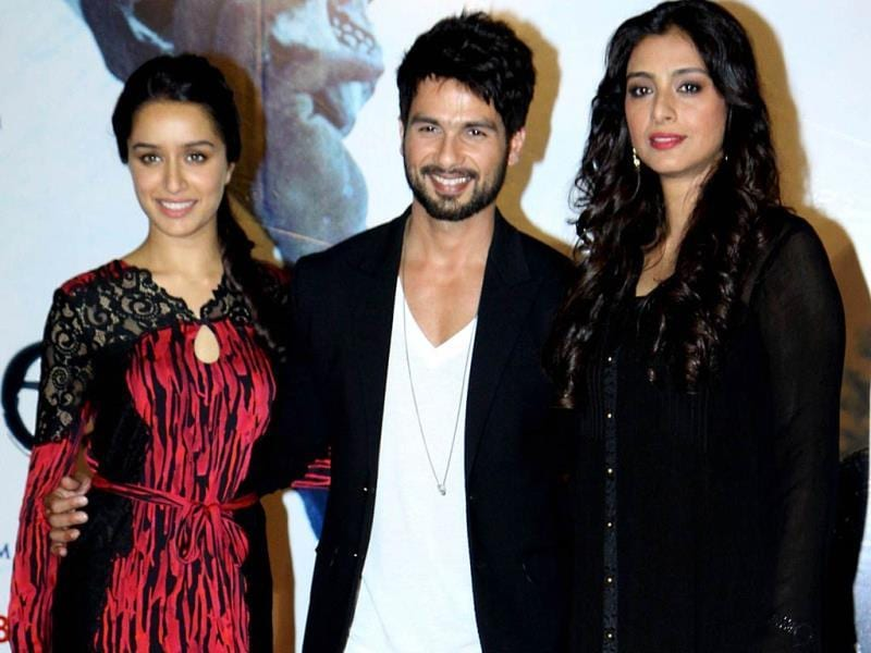 Shraddha Kapoor, Shahid and Tabbu strike a pose for the shutterbugs at the trailer launch of Haider. (AFP Photo)