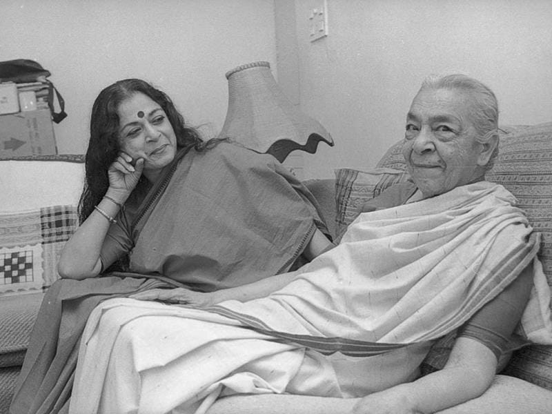 Bollywood's beloved dadi came to be known for her candour, warmth, wit and fiery temperament. We present her many moods and expressions she charmed the world with.  Dancer Kiran Sehgal gazes at her mother Zohra Sehgal with love and admiration in this photo (November 1997). (HT Photo/Rahul Sharma)