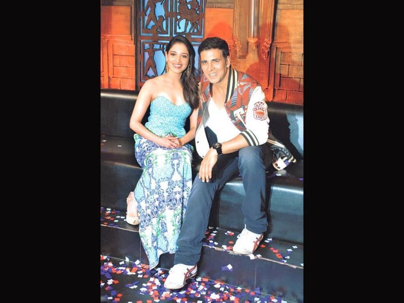 Akshay Kumar and Tamannaah Bhatia visit the sets of Entertainment Ke Liye Kuch Bhi Karega to promote Entertainment. (Photo: Prodip Guha)
