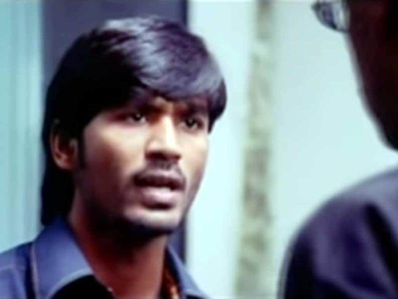 Polladhavan: Loosely based on 1948-Italian neorealist film The Bicycle Thief by the late Vittorio De Sica, it stars Dhanush and Divya Spandana in lead roles. It is the story of a good for nothing guy from a lower middle class family with a love of a bike. His disciplinarian father angered by his son's antics, throws him out of the house handing him some money to make his life with. Dhanush spends the money on a bike, which surprisingly gets him a job of a collection agent, impressing his girlfriend, enough for her to consider marriage. But an unfortunate brush with Chennai underworld turns the hero's life upside down.