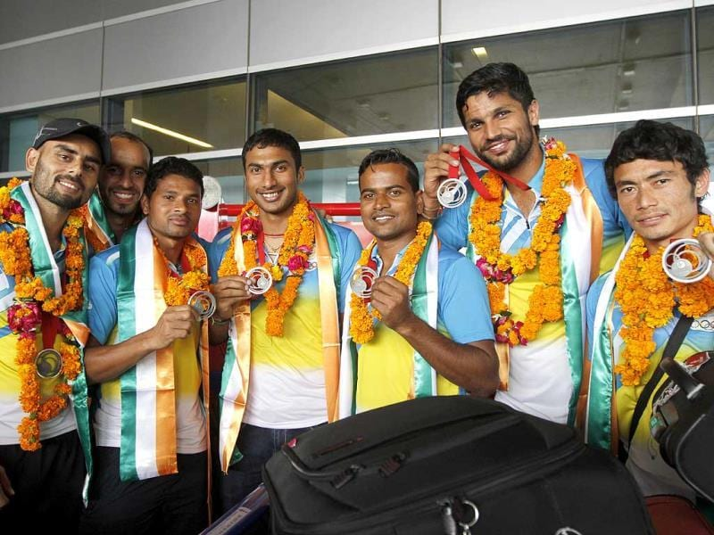 Indian men's Hockey team return home after winning a silver medal in the 20th Commonwealth Games in Glasgow. (Virendra Singh Gosain/HT Photo)