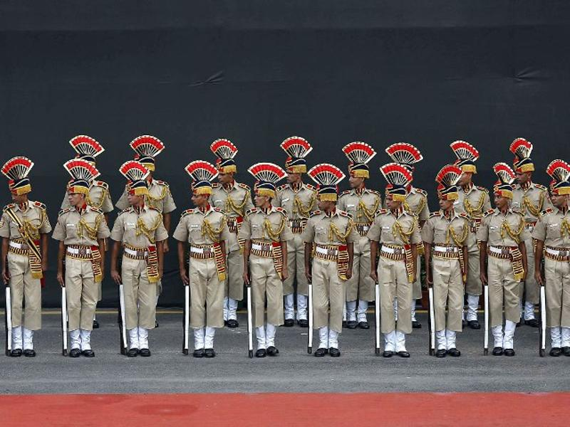 Soldiers take part in a full dress rehearsal for Independence Day celebrations at the Red Fort in Delhi. (Reuters Photo)