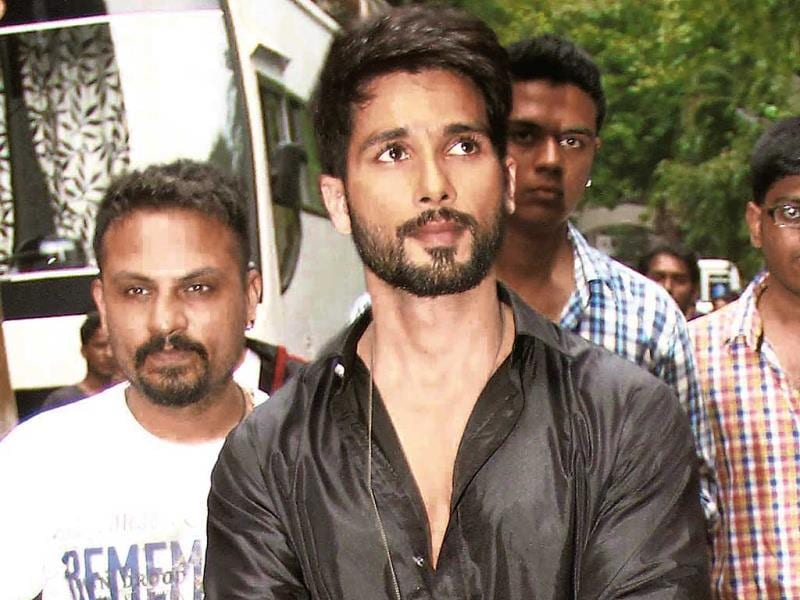 Shahid Kapoor spotted at the Filmistan Studio in Goregaon, Mumbai. (Photos: Yogen Shah)
