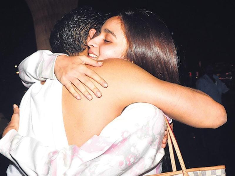 Ayan Mukerji came to see off Alia Bhatt –– who was flying to London –– at the Mumbai airport. (HT photo)