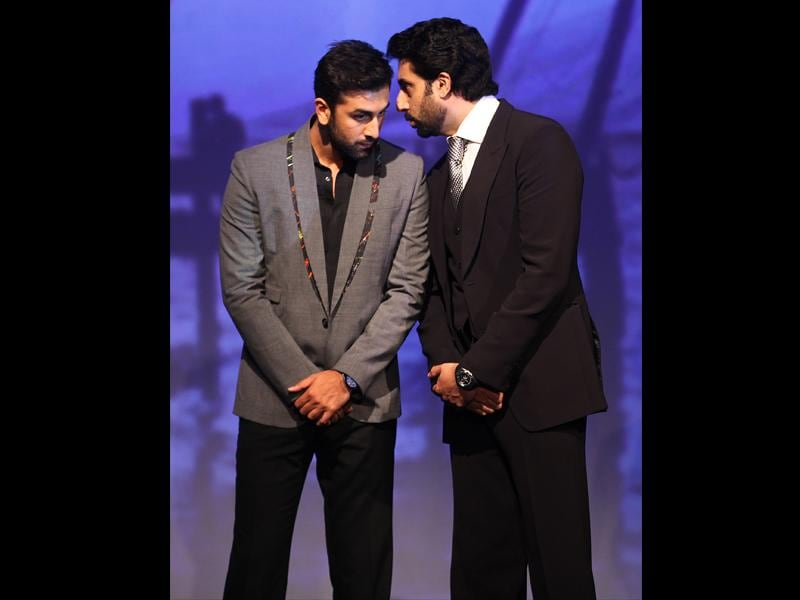 Bollywood actors and co-owners of football clubs, Abhishek Bachhan (R) and Ranbir Kapoor speak during the emblem-unveiling ceremony of Indian Super League in Mumbai on August 28, 2014. (Hindustan Times/Vijayanand gupta)