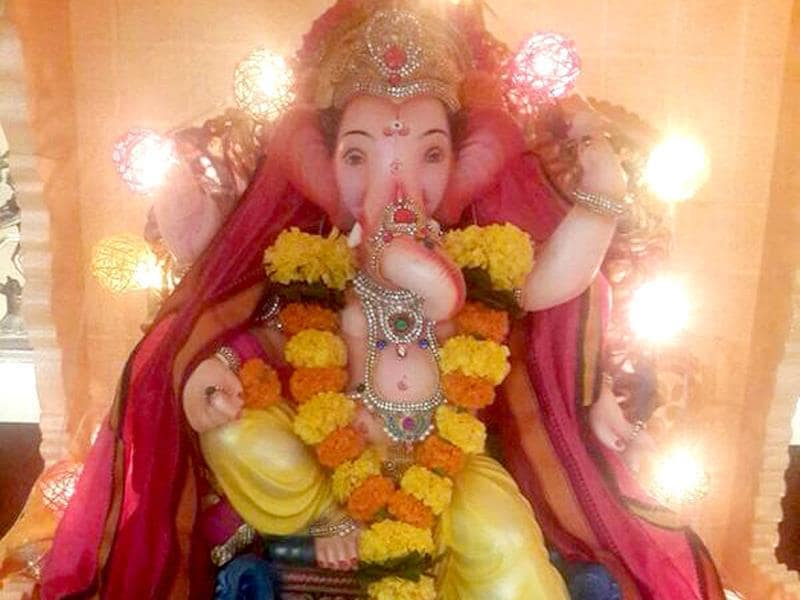MP and actor Hema Malini shared a photo of her Ganesh Chaturthi celebrations at her Mumbai home on Twitter on August 29, 2014. (dreamgirlhema/Twitter)