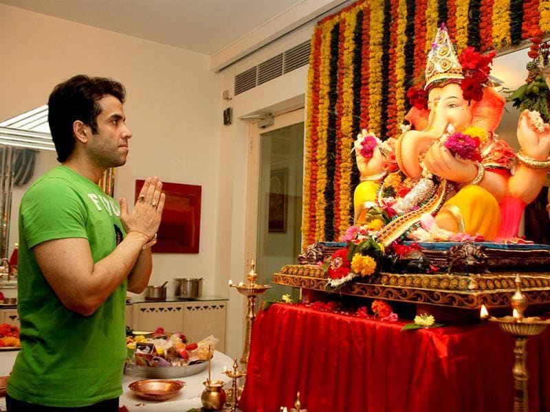 Tusshar Kapoor during the Ganesh Chaturthi celebrations at his residence in Mumbai on August 29, 2014. (IANS)