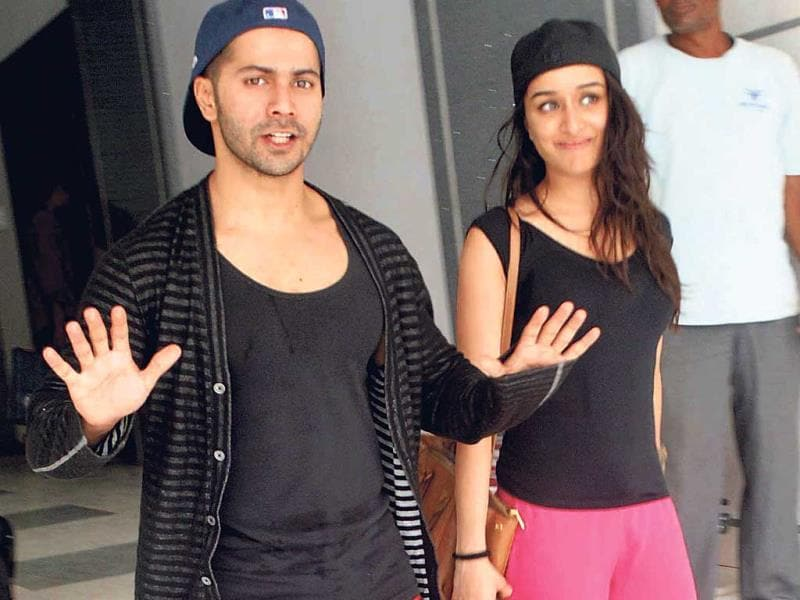 Varun Dhawan and Shraddha Kapoor spotted outside choreographer Remo D'Souza's residence. (Photo: Yogen Shah)