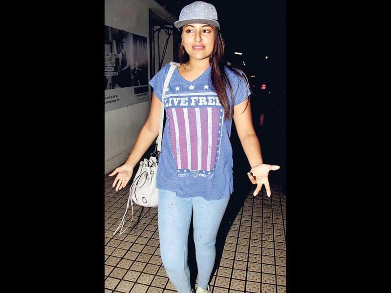 Sonakshi Sinha sports a tee resembling the Stars And Stripes. (Photos: Yogen Shah)
