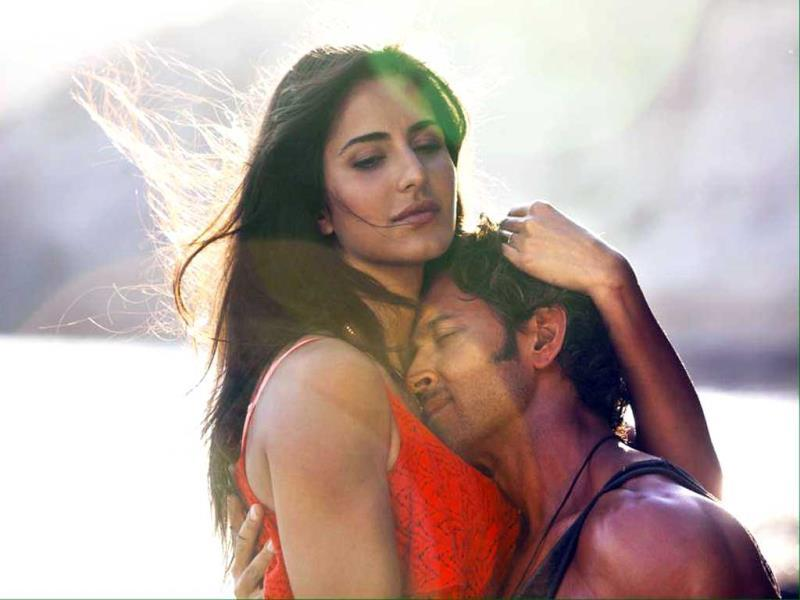 Hrithik Roshan, Katrina Kaif in Meherbaan, a romantic song from Bang Bang.