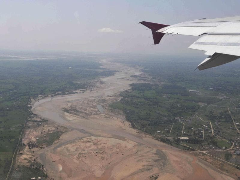 An aeriel view of Srinagar. This is the worst flood Jammu has seen in the past 24 years. (Nitin Kanotra/HT Photo)