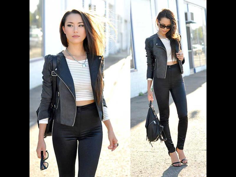 Heading out for a dinner with friends? Bring out those leather pants and crop top. Shrug on a jacket and you are done! Easy peasy.
