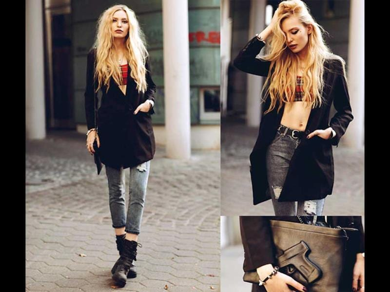 For all you grunge lovers, we bring you this look. A nice, colourful crop top teamed with black pants, shrug and comfy boots will work wonders!