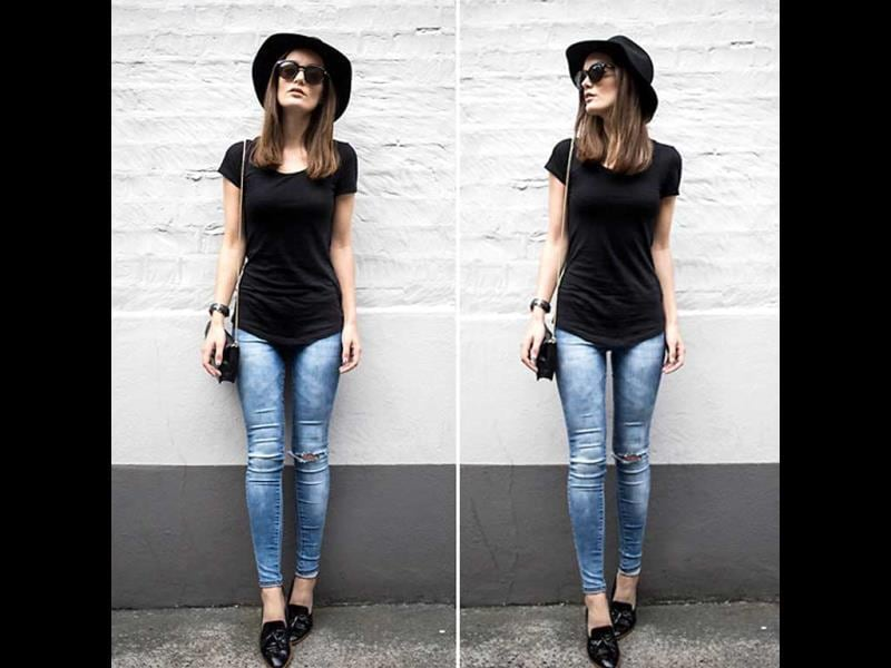 Our personal favourite: black top and jeans with moccasins!