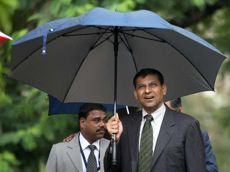 RBI governor Raghuram Rajan visited Somaiya Vidyavihar on its 55th Foundation day celebration in Mumbai. (Kunal Patil/HT photo)