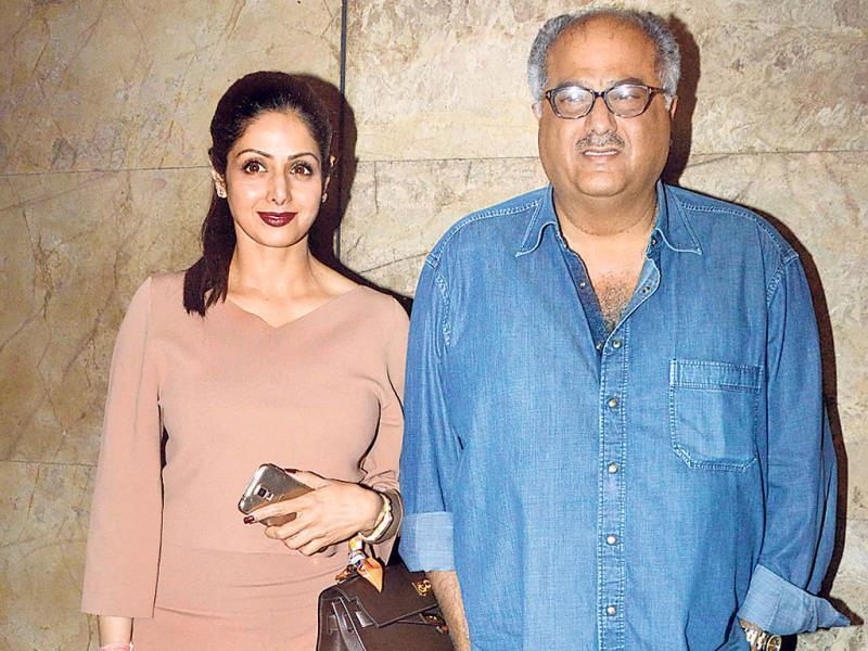 Sridevi and Boney Kapoor pose for the shutterbugs at a Mumbai event. (Photos: Yogen Shah)