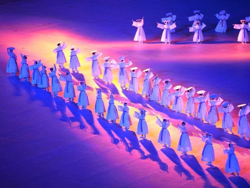 Dancers perform during the opening ceremony of the 2014 Asian Games at the Incheon Asiad Main Stadium in Incheon.(AFP Photo)
