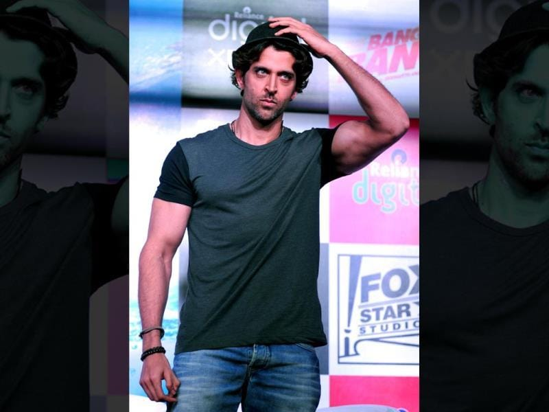 Oh no!Indian Bollywood actor Hrithik Roshan looks on during a promotional event for the forthcoming Hindi film Bang Bang in Mumbai on September 22, 2014. (AFP PHOTO/STR)