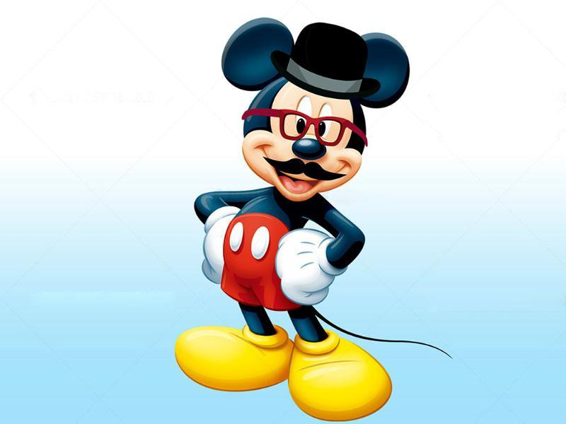 Mickey Mouse gets a Hipsdey makeover. As done by Centrespread. (Courtesy: DesignCrowd)