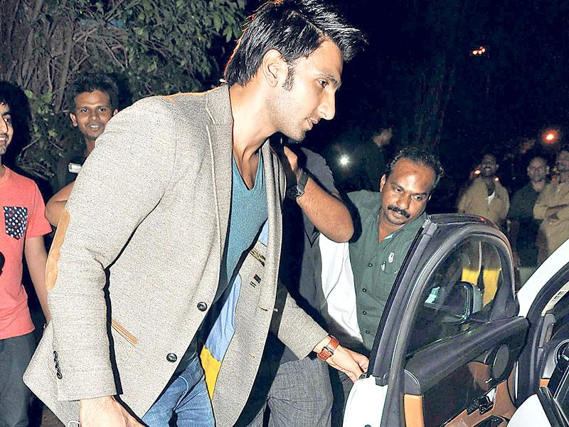 Ranveer Singh, dressed soberly for a change, was seen leaving a Bandra club in Mumbai. (Photo: Viral Bhayani)