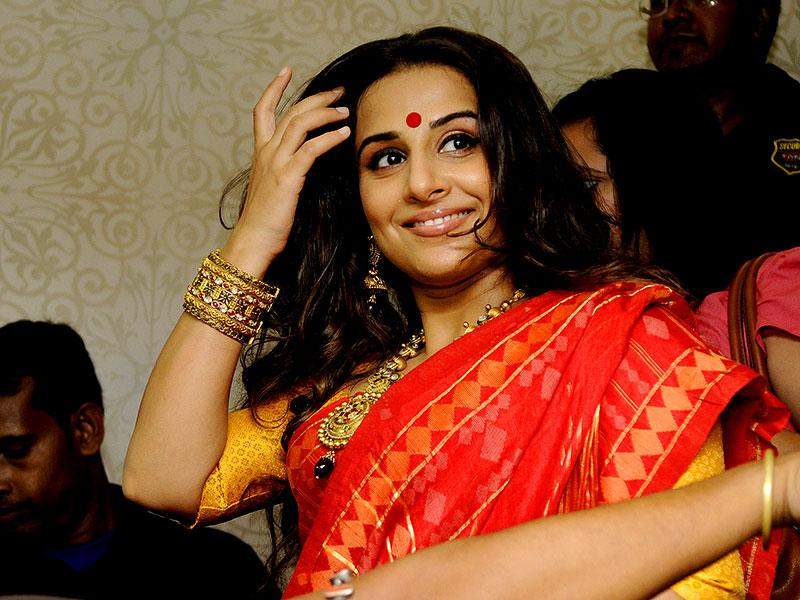 Vidya Balan inaugurates a jewellery showroom in kolkata on September 25, 2014. (Photo by Subhankar Chakraborty/ Hindustan Times)