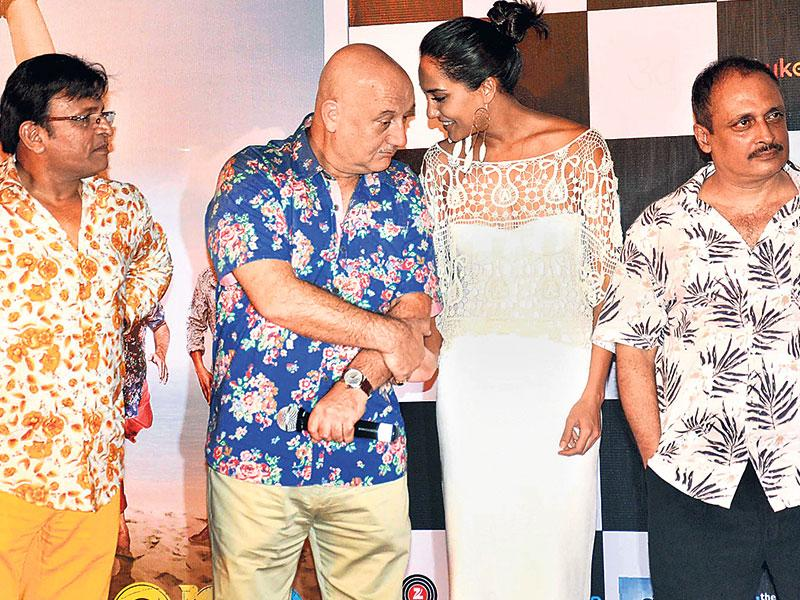 Annu Kapoor, Anupam Kher and Lisa Haydon spotted in Mumbai. (Photos: Yogen Shah)