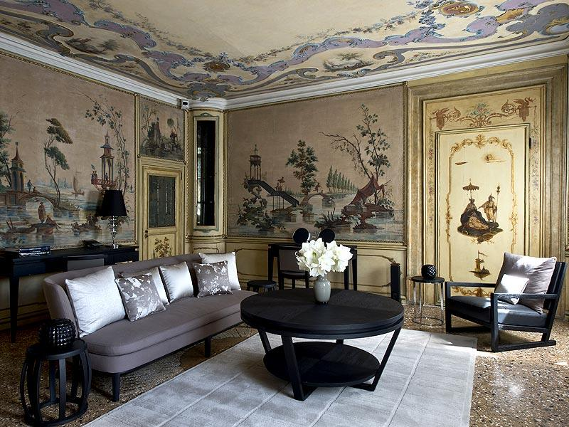 The Alcova Tiepolo Suite living room at the Aman Canal Grande in Venice