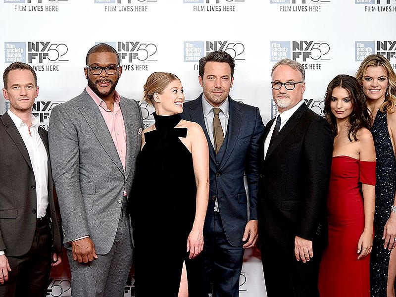 The cast and crew of Gone Girl at the premier of the movie. (AFP Photo)