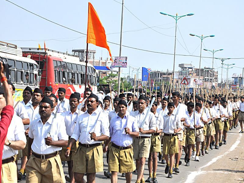 RSS path sanchlan organised on the occasion of Dussehra, in Bhopal on Friday. (Praveen Bajpai/HT photo)