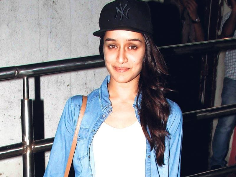 Shraddha Kapoor spotted at a mvoie screening in Mumbai. (Photo: Yogen Shah)