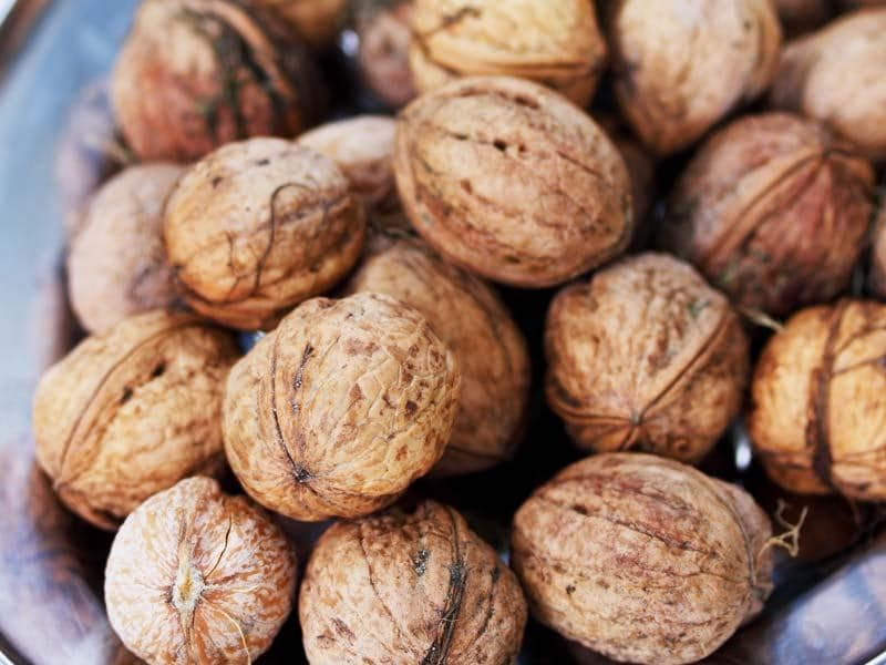 Walnuts: Walnuts contain alpha-linolenic acid, omega-3 fatty acid, and other polyphenols that have been shown to benefit cognitive abilities thereby, reducing stress.