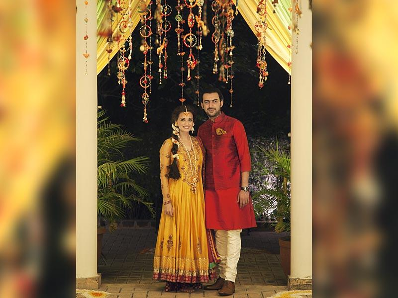 Dia Mirza and Sahil Sangha at their Sangeet ceremony. Doesn't she make an absolutely stunning bride!