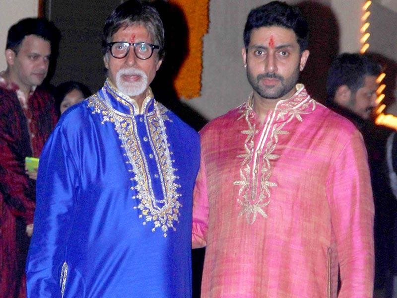 Father & son power duo: Amitabh Bachchan and Abhishek Bachchan at their Diwali bash (Yogen Shah, HT Photo)