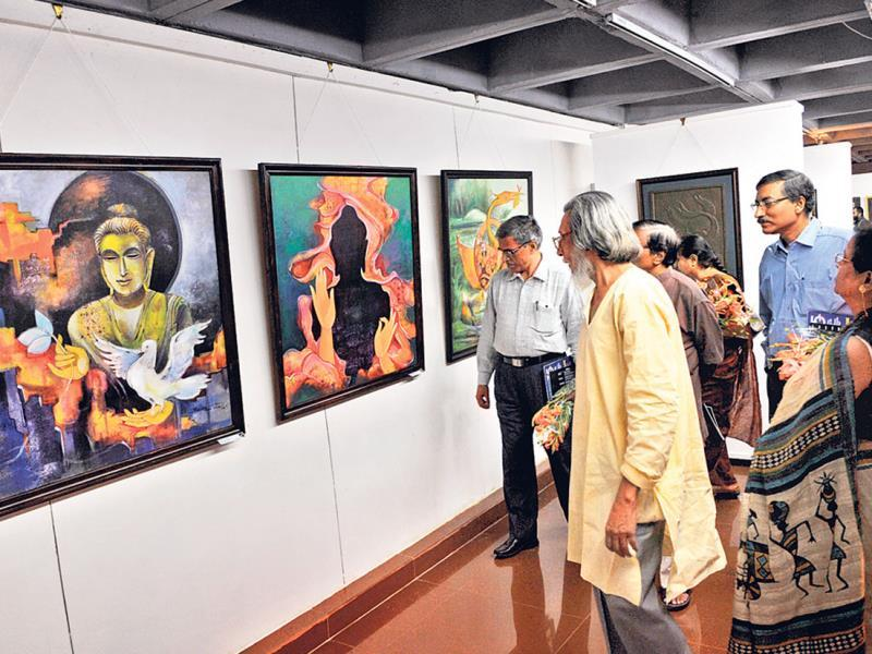 An exhibition of paintings, drawings and sculptures at Bharat Bhawan in Bhopal. In all, 16 artists of West Bengal have showcased their work at the exhibition. (Praveen Bajpai/HT photo)