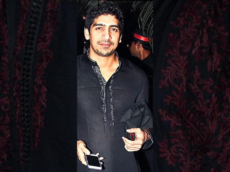 Ayan Mukherjee: Director Ayan Mukherjee opted to wear a black kurta with grey and white embroidery on the collar, to a celebratory evening. The 29-year-old looked dapper as he paired black formal shoes with the chudidaar pajama.