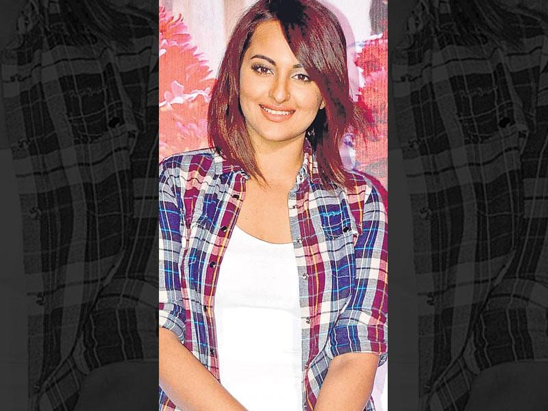 Cool and casual: Actor Sonakshi Sinha teamed up her plaid shirt with a white tank top, denims and high-tops. And her new cropped hairstyle gives her a fresh, relaxed look. You can replace the tank with tubes or camisoles in pop colours that will lend a ­contrast to the plaid shirt.