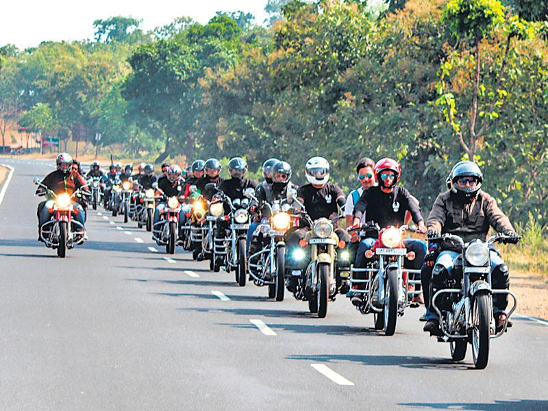 Members of Royal Enfield Pirates Group gathered in Indore on Sunday morning to start a trip to Dodi. The rider mania tour starts on November 19. (HT photo)
