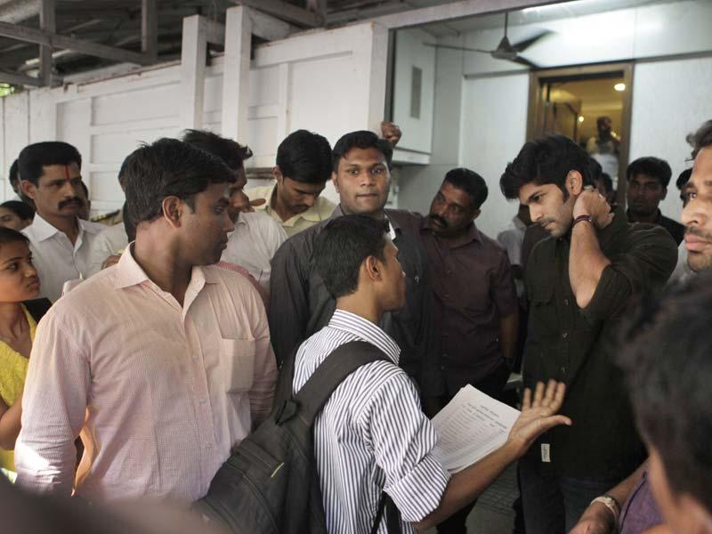 MNS chief Raj Thackeray's son, Amit Thackeray interacts with party workers at his residence 'Krishnakunj' in Shivaji Park in Mumbai. Amit had recently visited constituencies to know where the party went wrong in the assembly polls. (Kalpak Pathak/HT photo)