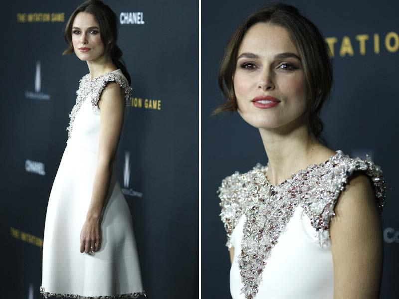 The film's leading lady Kiera Knightley poses for the shutterbugs. (Agencies)