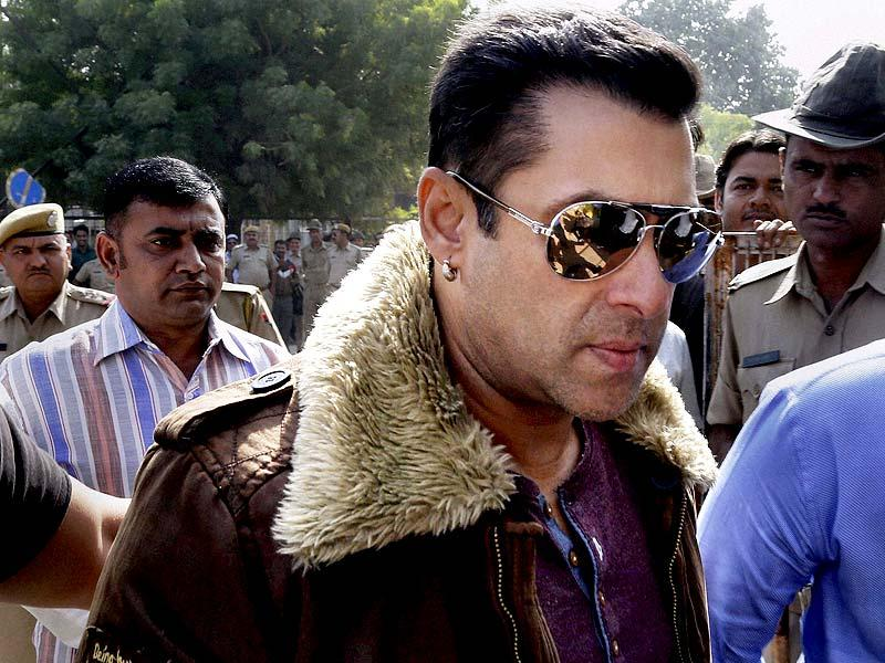 Salman Khan arrives at the Jodhpur court for a hearing in the 1998 Blackbuck poaching case. (PTI Photo)