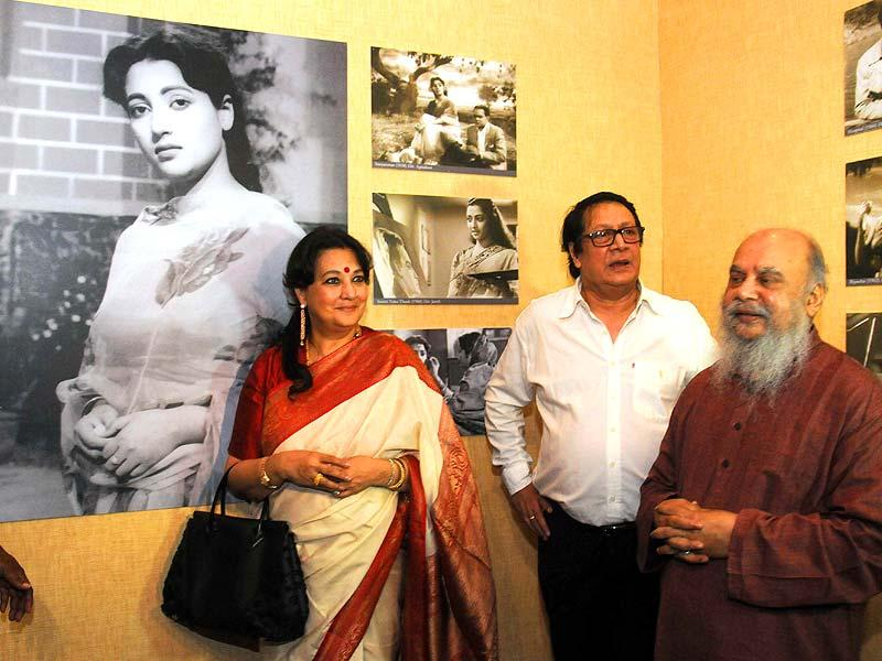 Actor turned Trinomul Congress MP Moon Moon Sen during a photo exhibition on her mother and actor Suchitra Sen at Gaganendra Nath exhibition hall as a part of 20th Kolkata International Film Festival in Kolkata, on Nov 11, 2014. (IANS)