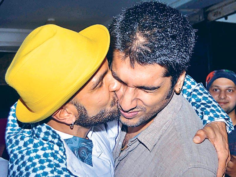 Kiss and tell, Ranveer?