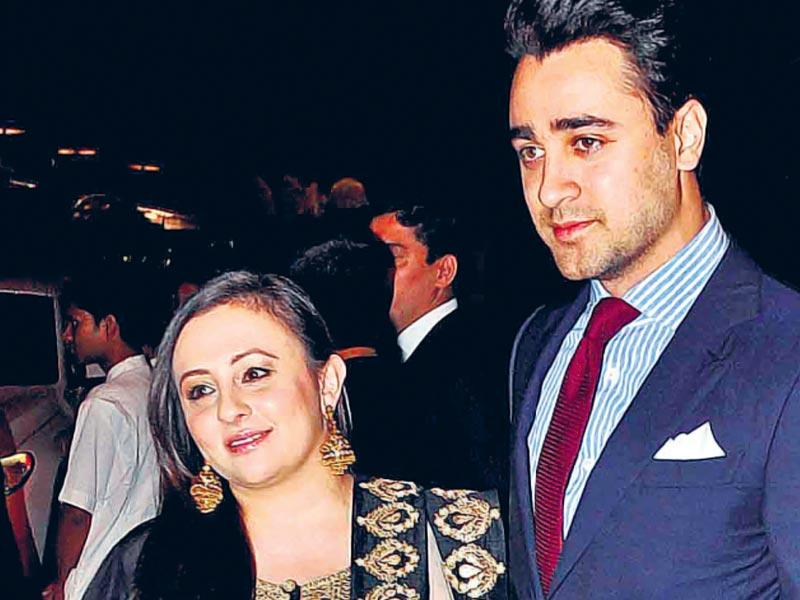 Imran Khan with wife Avantika at the star-studded event. (Yogen Shah/HT photo)