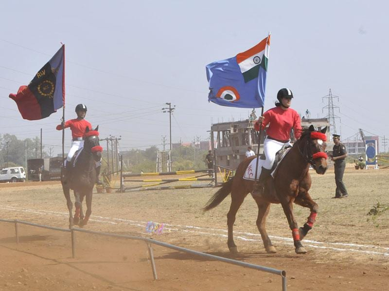 NCC cadets take part in activities at the 66th NCC Camp organised at Kaliasot dam in Bhopal on Sunday. (Mujeeb Faruqui/HT photo)