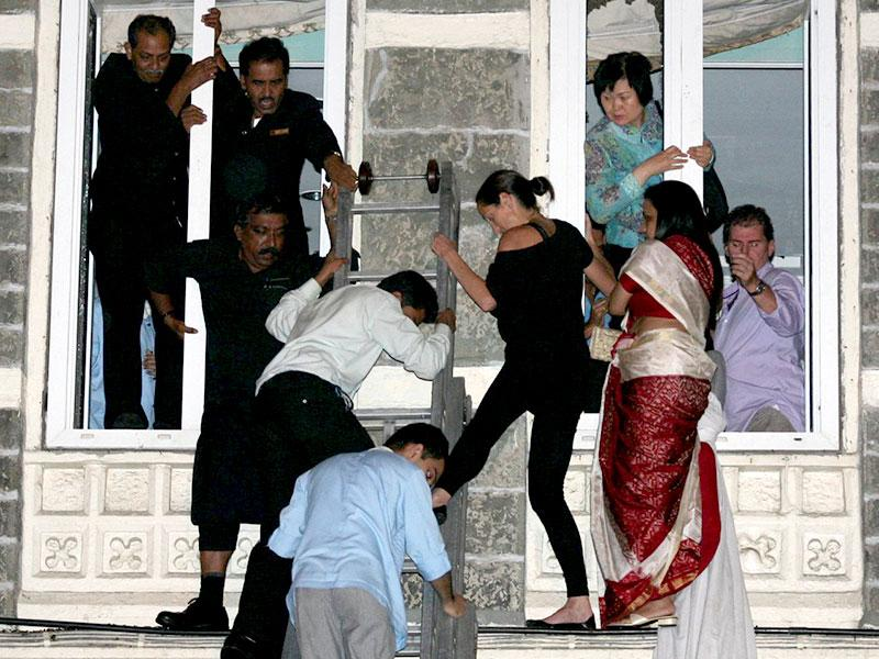 Guests were rescued through the windows as the gunmen fired indiscriminately in the luxury Taj Mahal Hotel in Mumbai on November 26, 2008. (HT file photo)