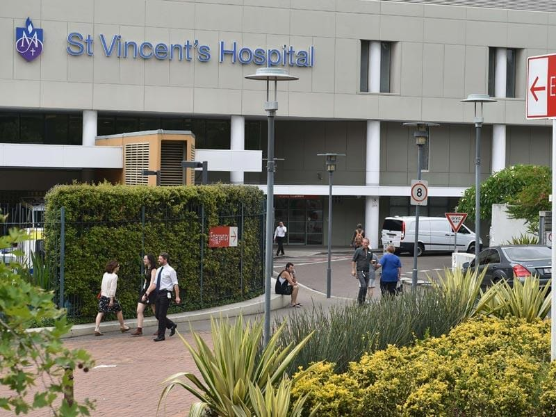 A general view shows Sydney's St Vincent's Hospital where Australian batsman Phil Hughes was fighting for his life for two days. (AFP Photo)