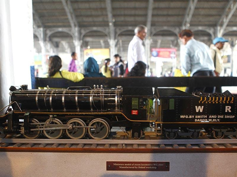 Western Railway organized an exhibition to mark its 150 years, in Bandra railway station. (Vidya Subramanian/HT photo)